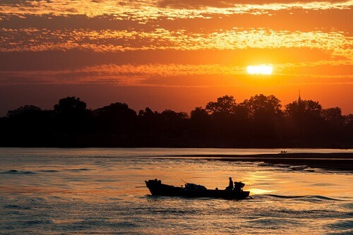 best time for cruise in Irrawaddy river 1